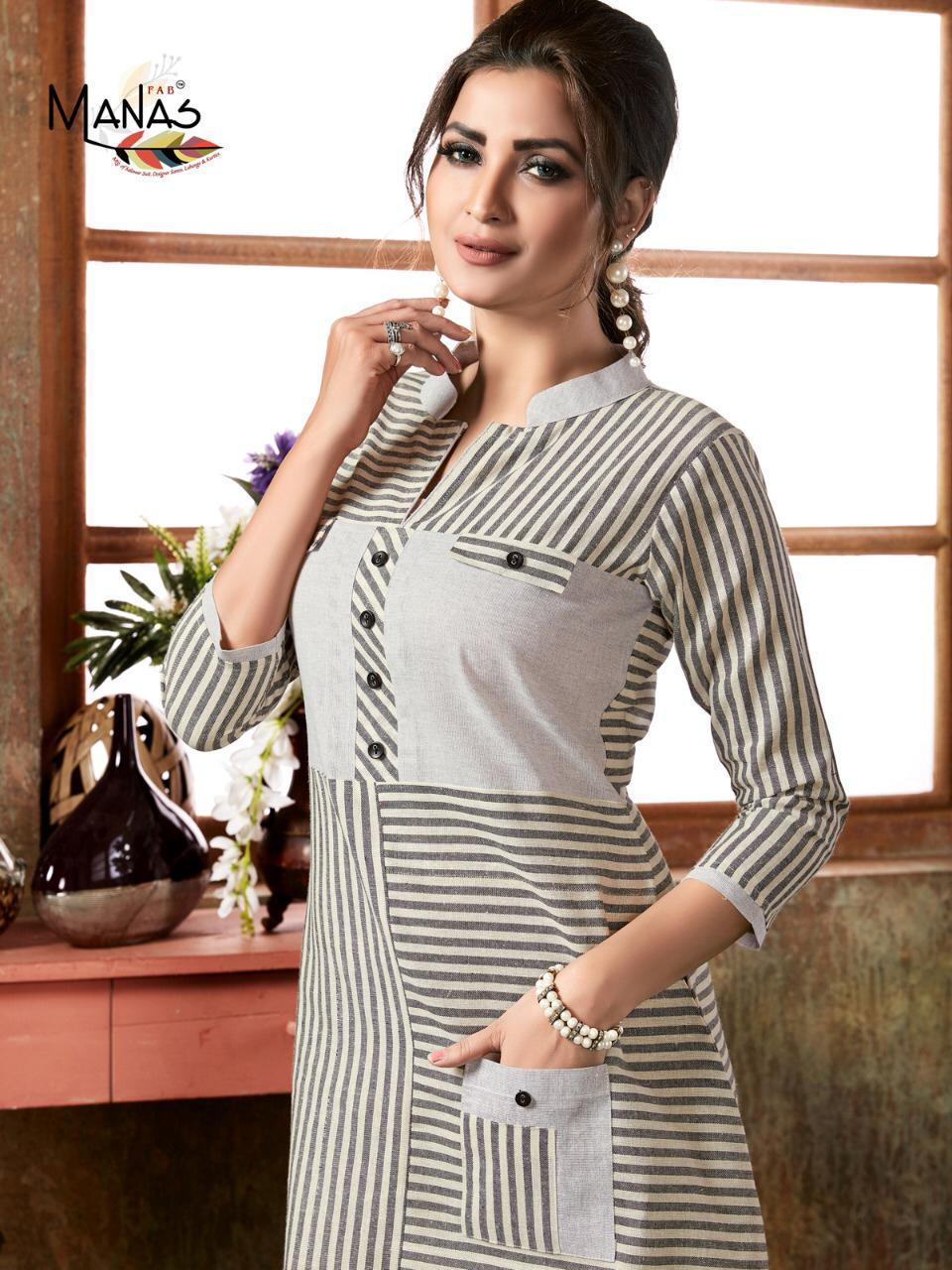 Manas Aaheli Designer Hamdloom Cotton Gown Pettern Kurtis Best Wholesale Rate